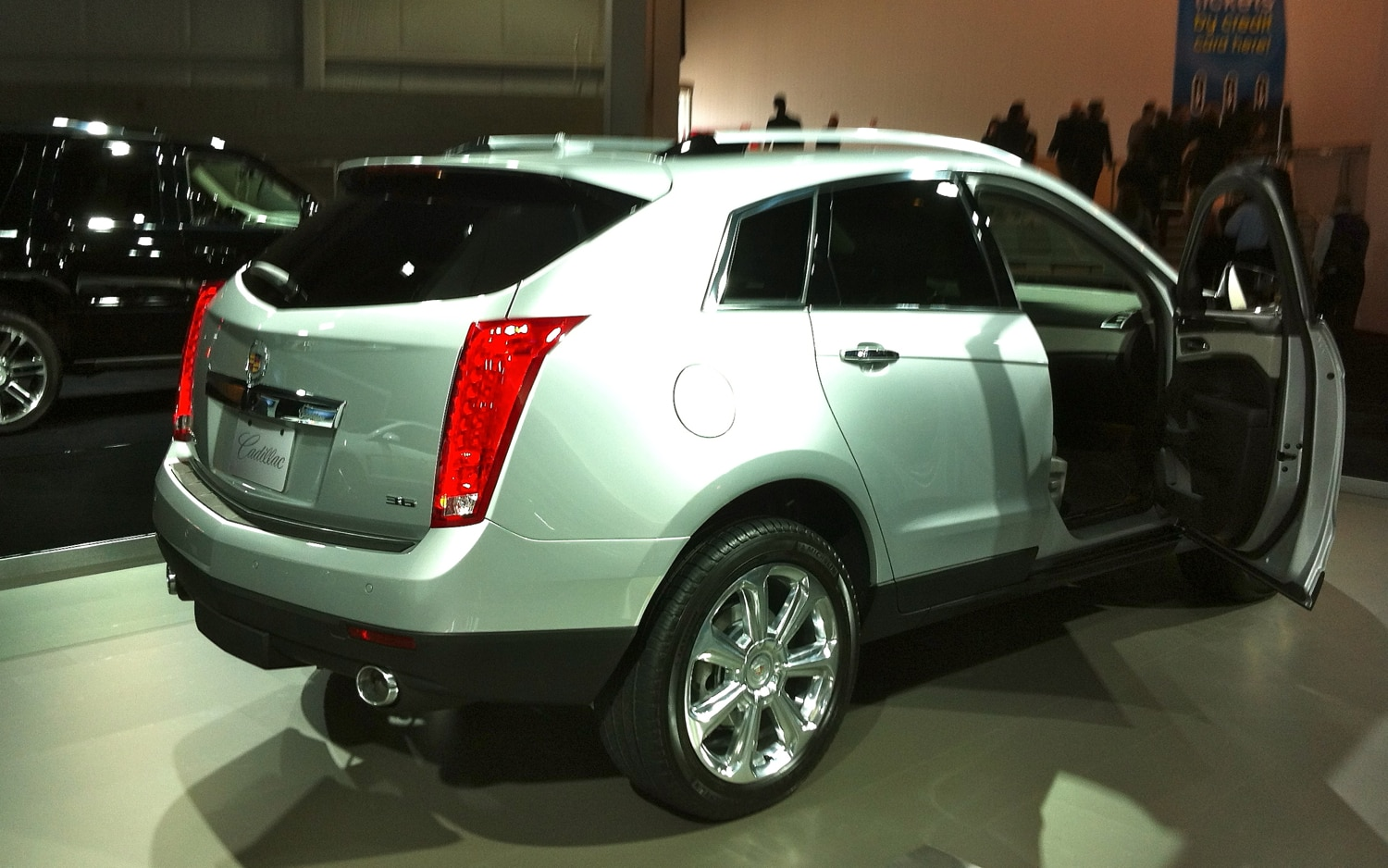 New York 2012 2013 Cadillac Srx Is Forward Looking With