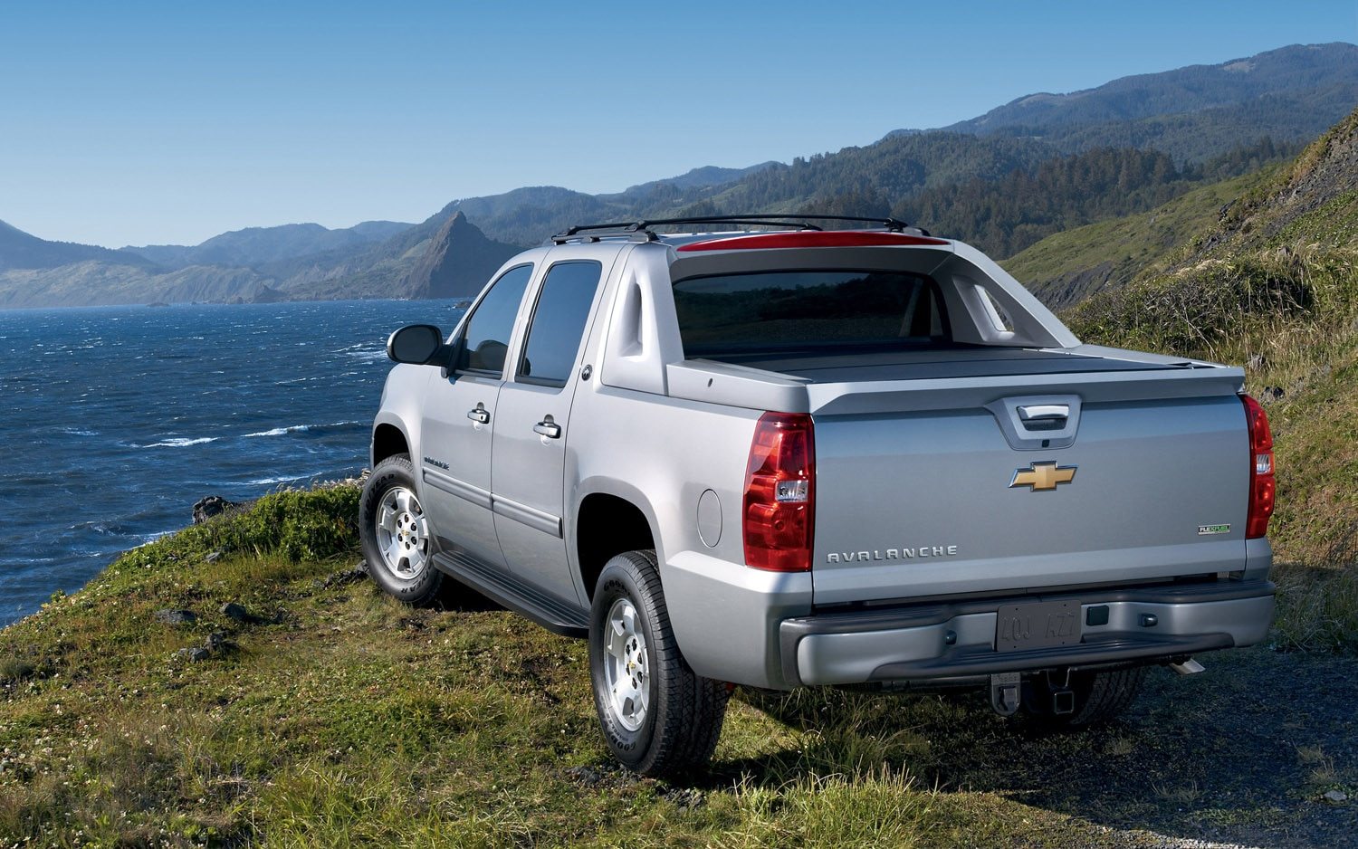 No More Midgate: Chevrolet Avalanche Dies After The 2013 ...