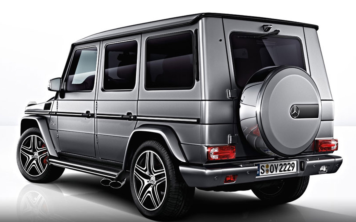 faster box mercedes benz releases photos of 2013 g63 amg. Black Bedroom Furniture Sets. Home Design Ideas