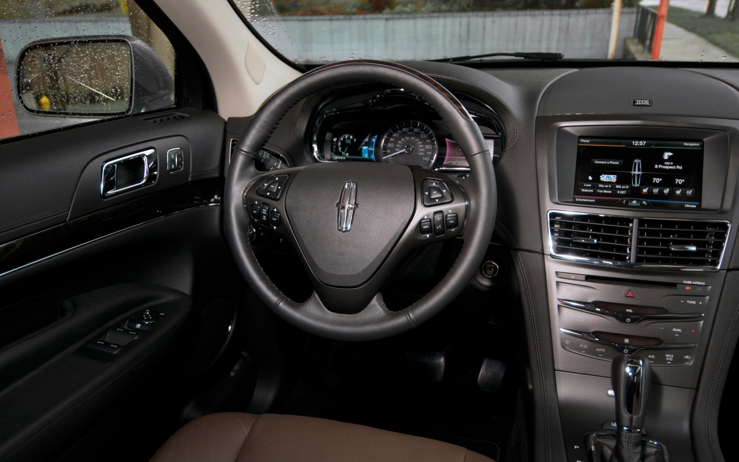 2013 Lincoln MKT Ecoboost - Editors' Notebook - Automobile