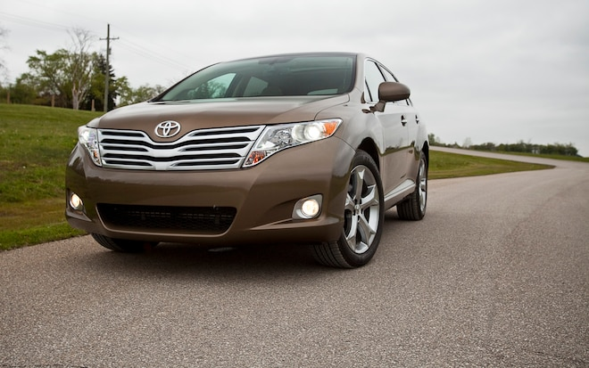 2011 Toyota Venza V 6 AWD Front Left View1