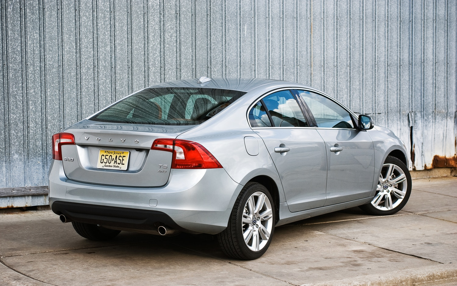 2012 Volvo S60 T6 AWD rear right side view - 2012 Volvo S60 T6 Awd