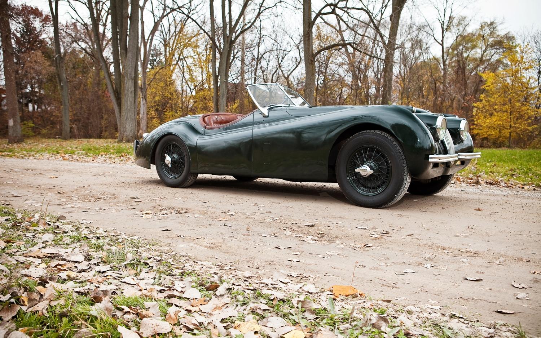 collectible classic: 1949-1954 jaguar xk120 - automobile magazine