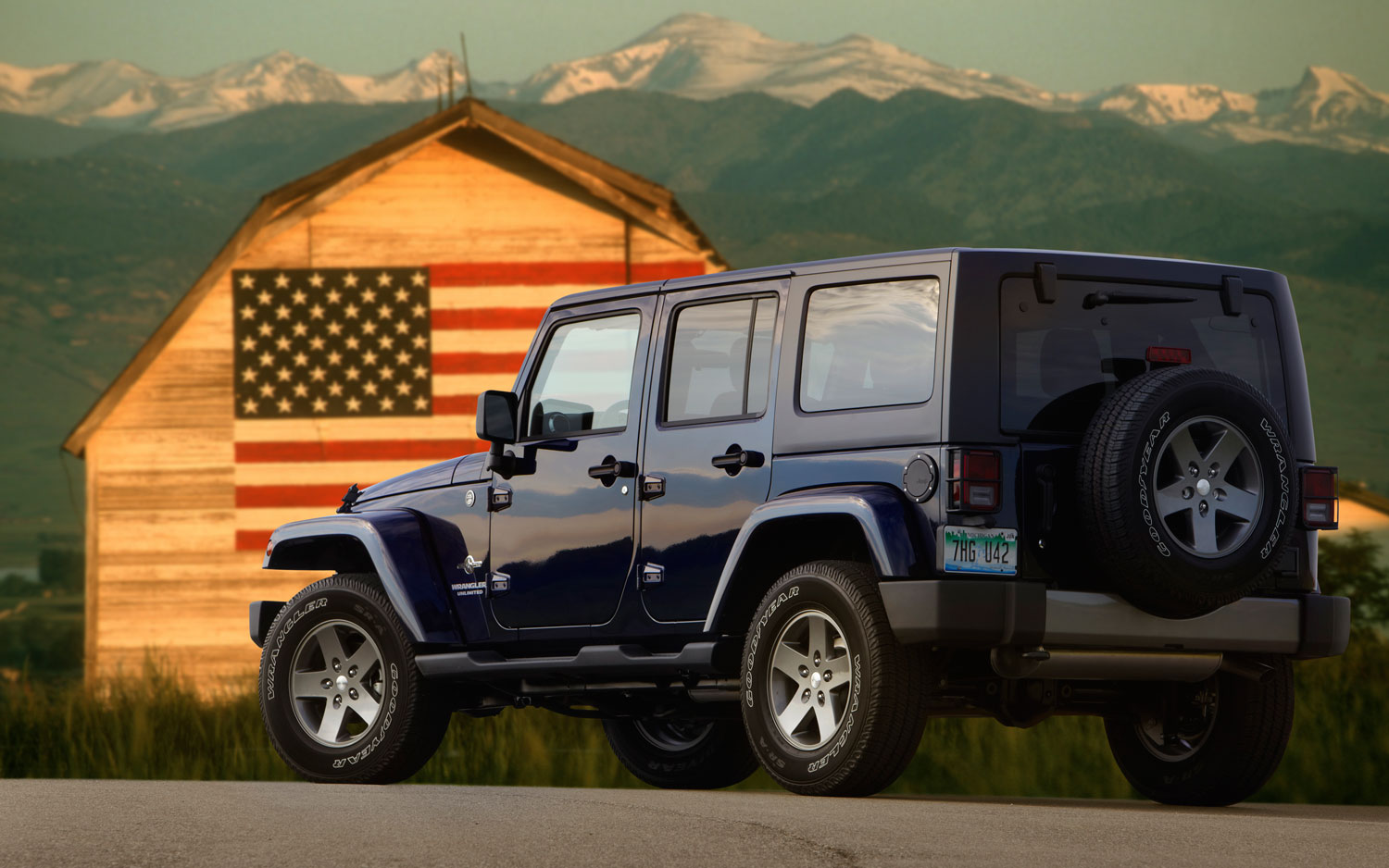 2012 Jeep Wrangler Freedom Edition Gives Back To The Troops