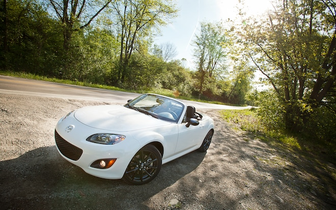 2012 Mazda MX 5 Miata Special Edition PRHT Front Left View1