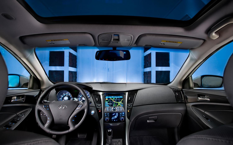 Recall Roundup: 200,000 Hyundai Santa Fes, Sonatas for