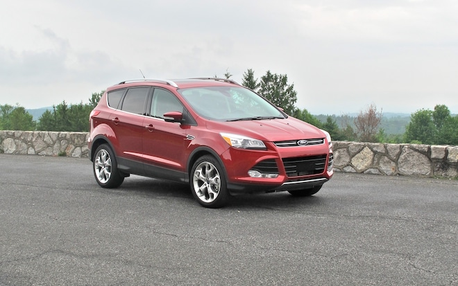 2013 Ford Escape Front Right Side View1