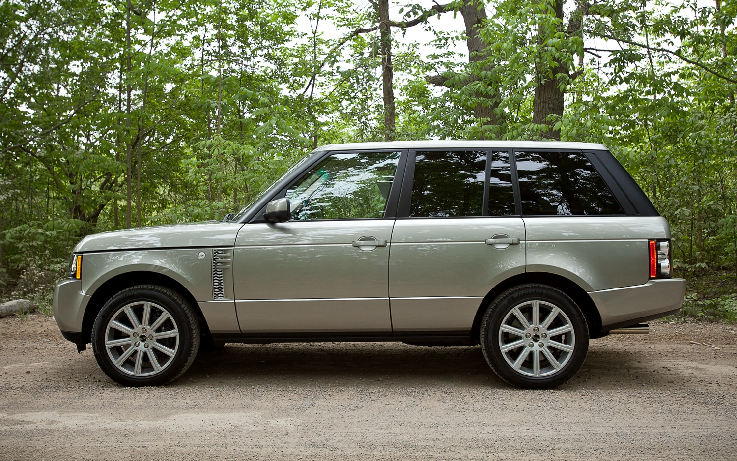 2012 Land Rover Range Rover Supercharged - Automobile Magazine