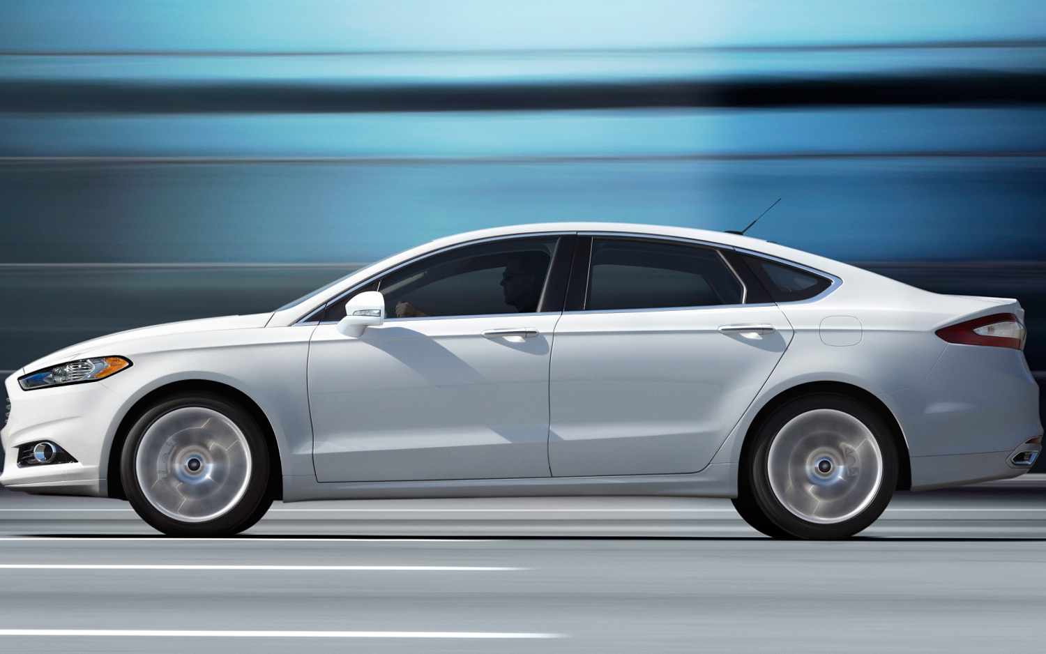 2017 Ford Fusion White Left Side View 3