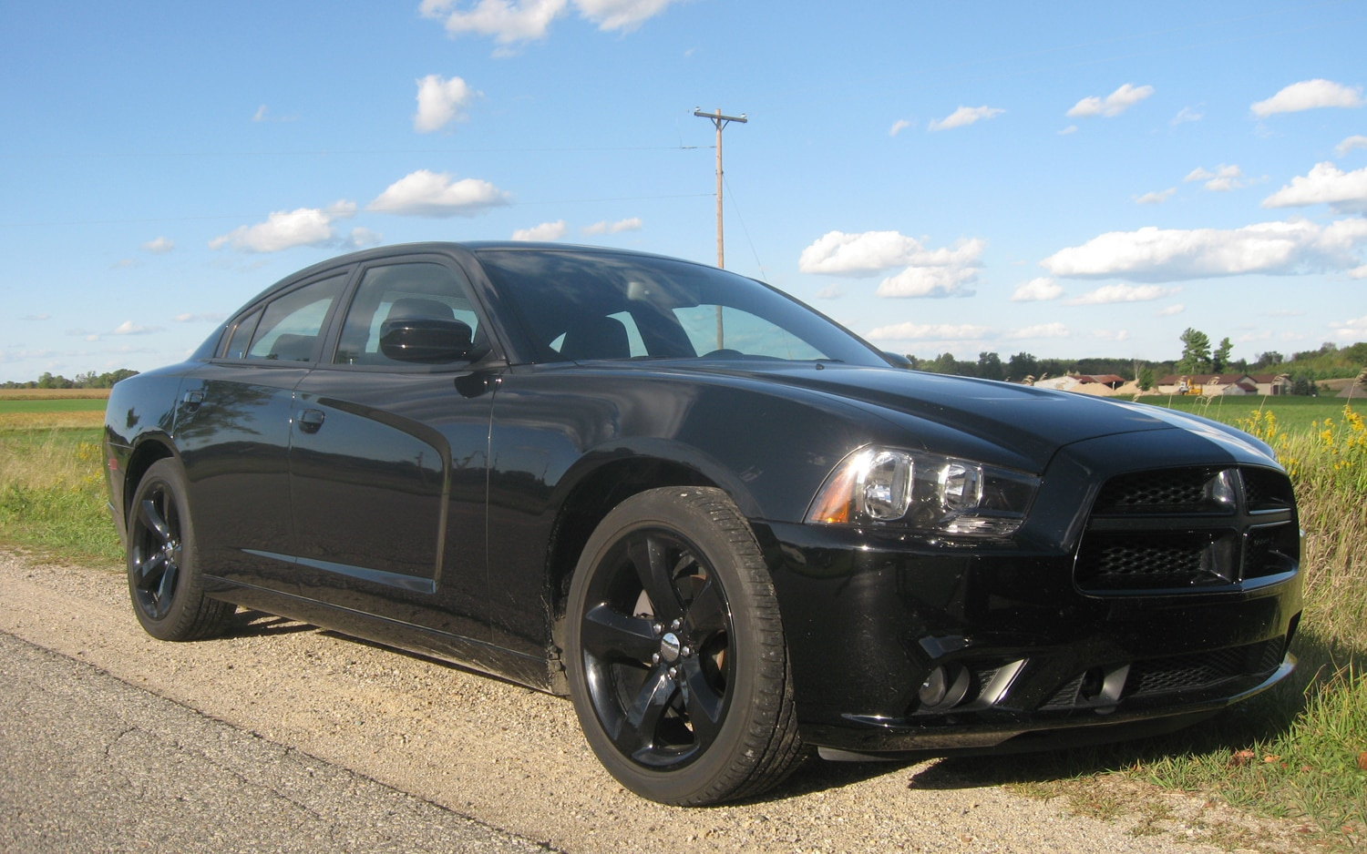 2012 Dodge Charger SXT Plus Front Right Side View1