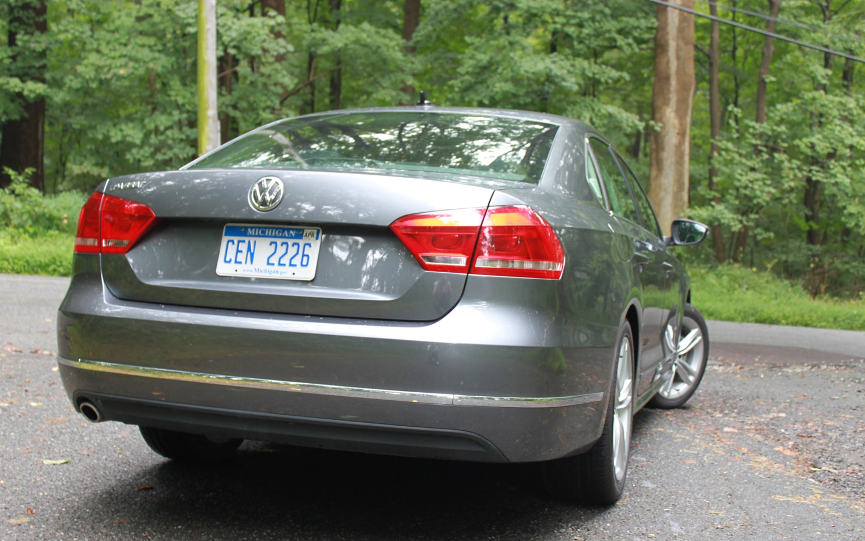 2012 Volkswagen Passat SE TDI - Four Seasons Update - September 2012 - Automobile Magazine