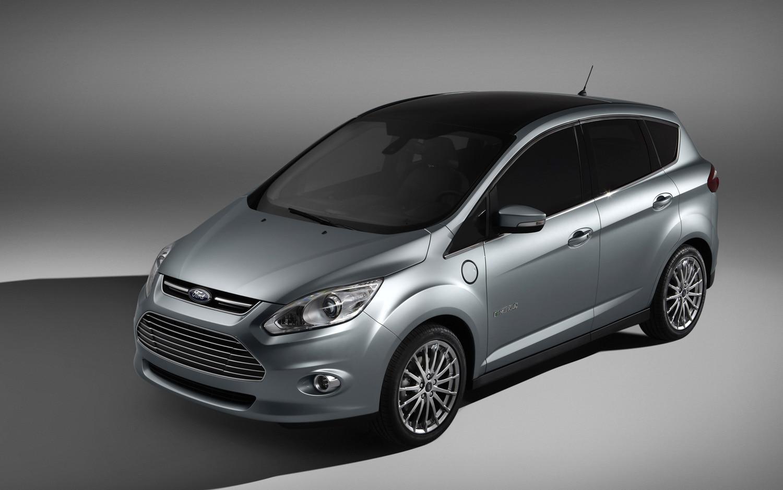 C Max Energi >> 2016 Ford C-Max Energi SEL Review   Automobile Magazine