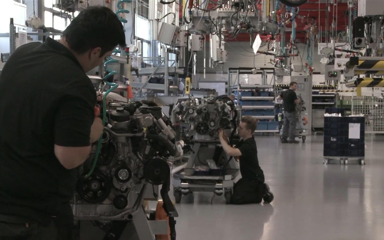 AMG Engine Line1
