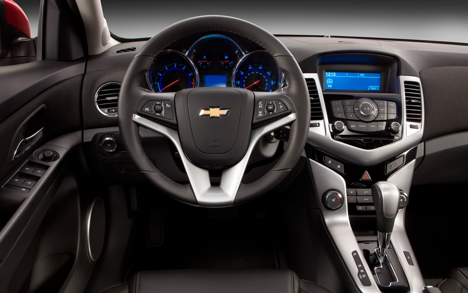Cruze 2012 chevy cruze interior : 2013 Chevrolet Cruze Receives Single-Stage Vented Airbag, Five ...