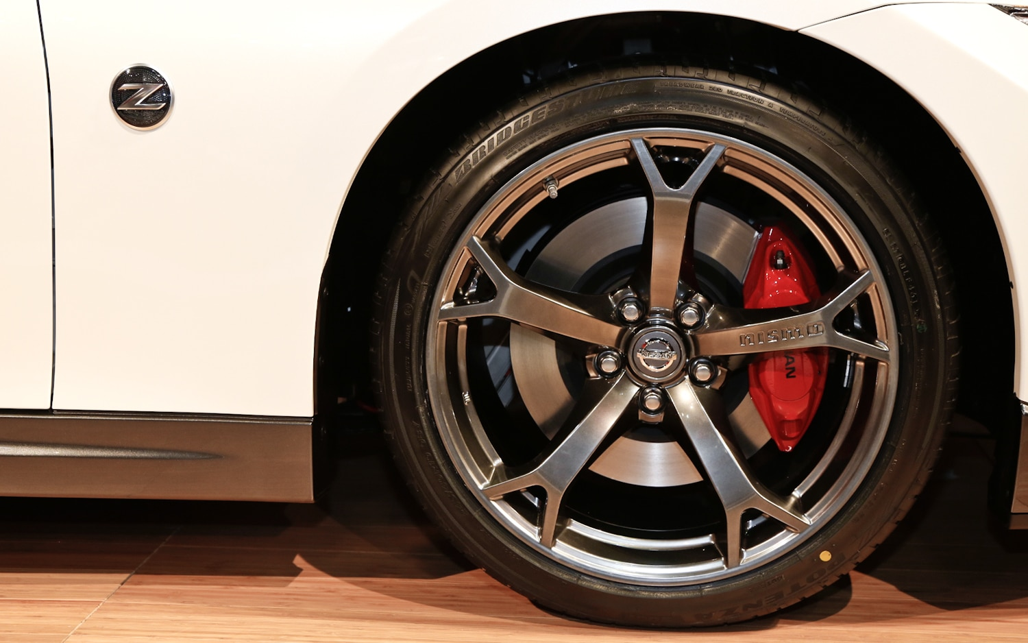 First Look 2014 Nissan 370z Nismo 2013 Chicago Auto Show