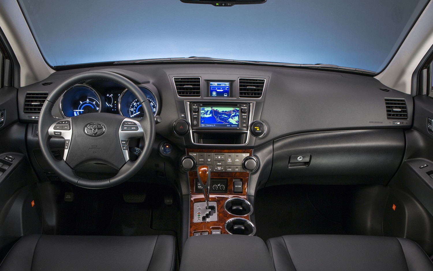 New york 2013 2014 toyota highlander will be all new - Toyota highlander hybrid interior ...