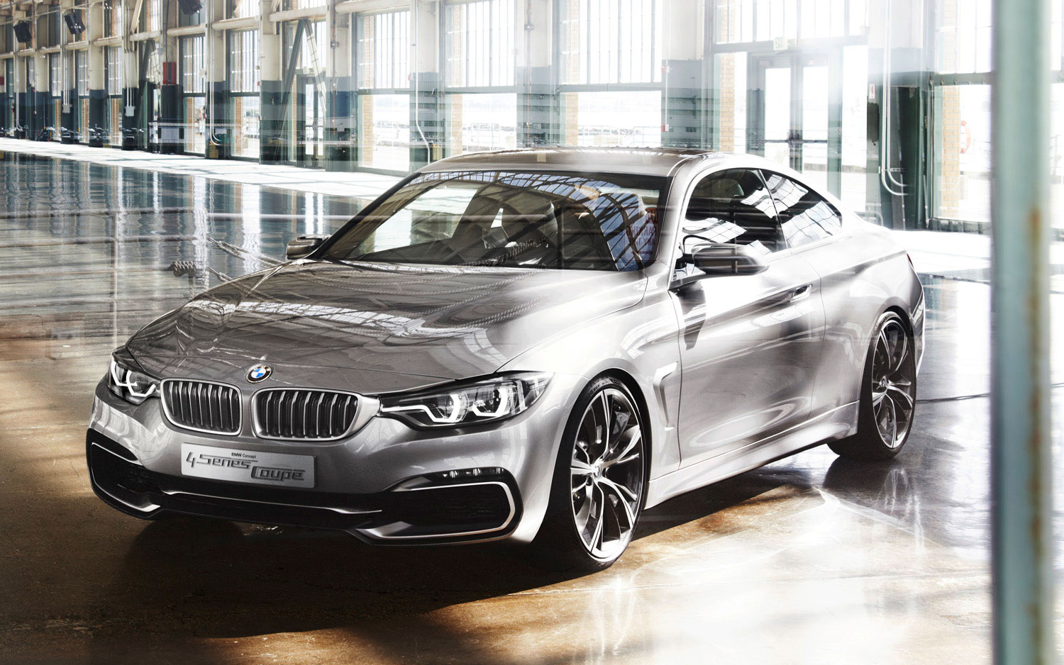 BMW 4 Series Coupe Concept Front Three Quarter 61