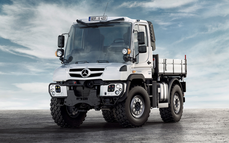 Mercedes-Benz Overhauls Unimog Line