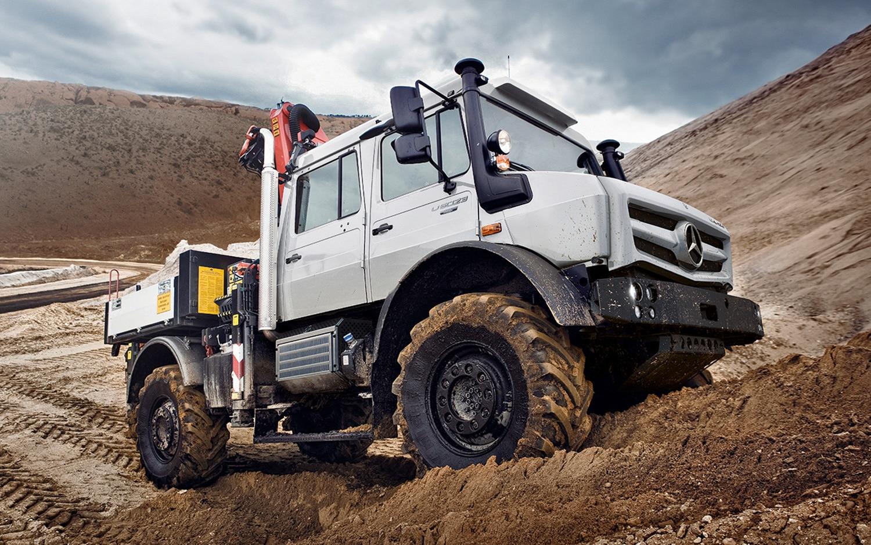 Mercedes Benz Overhauls Unimog Line