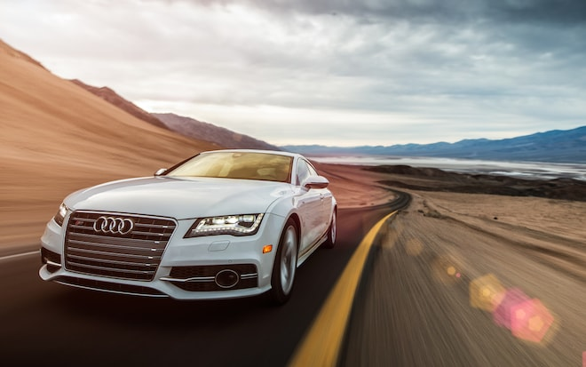 2013 Audi S7 Front End In Motion1