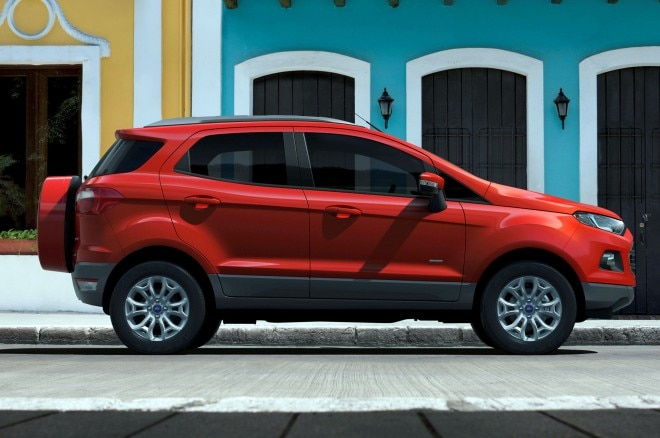 Ford EcoSport right side 2