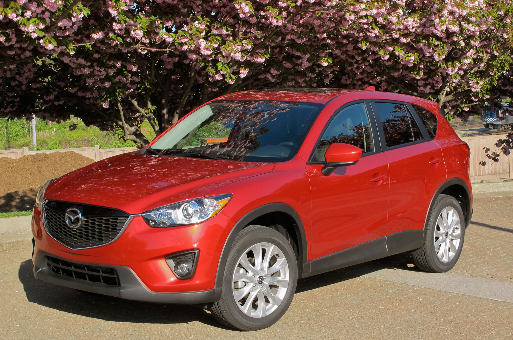 2014 Mazda CX 5 Front Left Side View 21