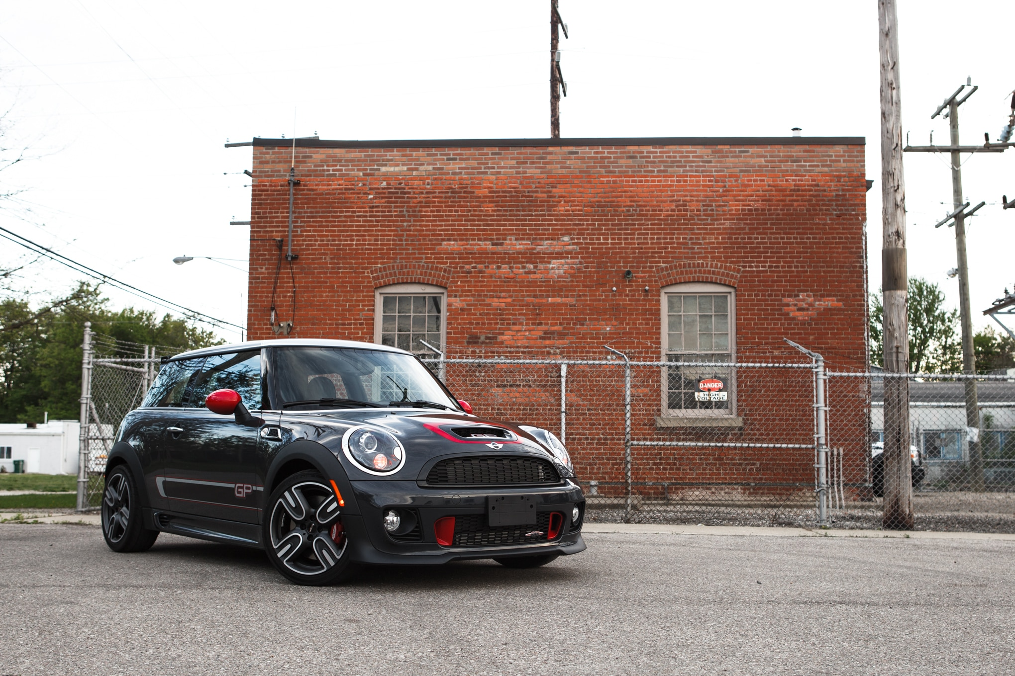 2013 Mini John Cooper Works GP Front Right View 11