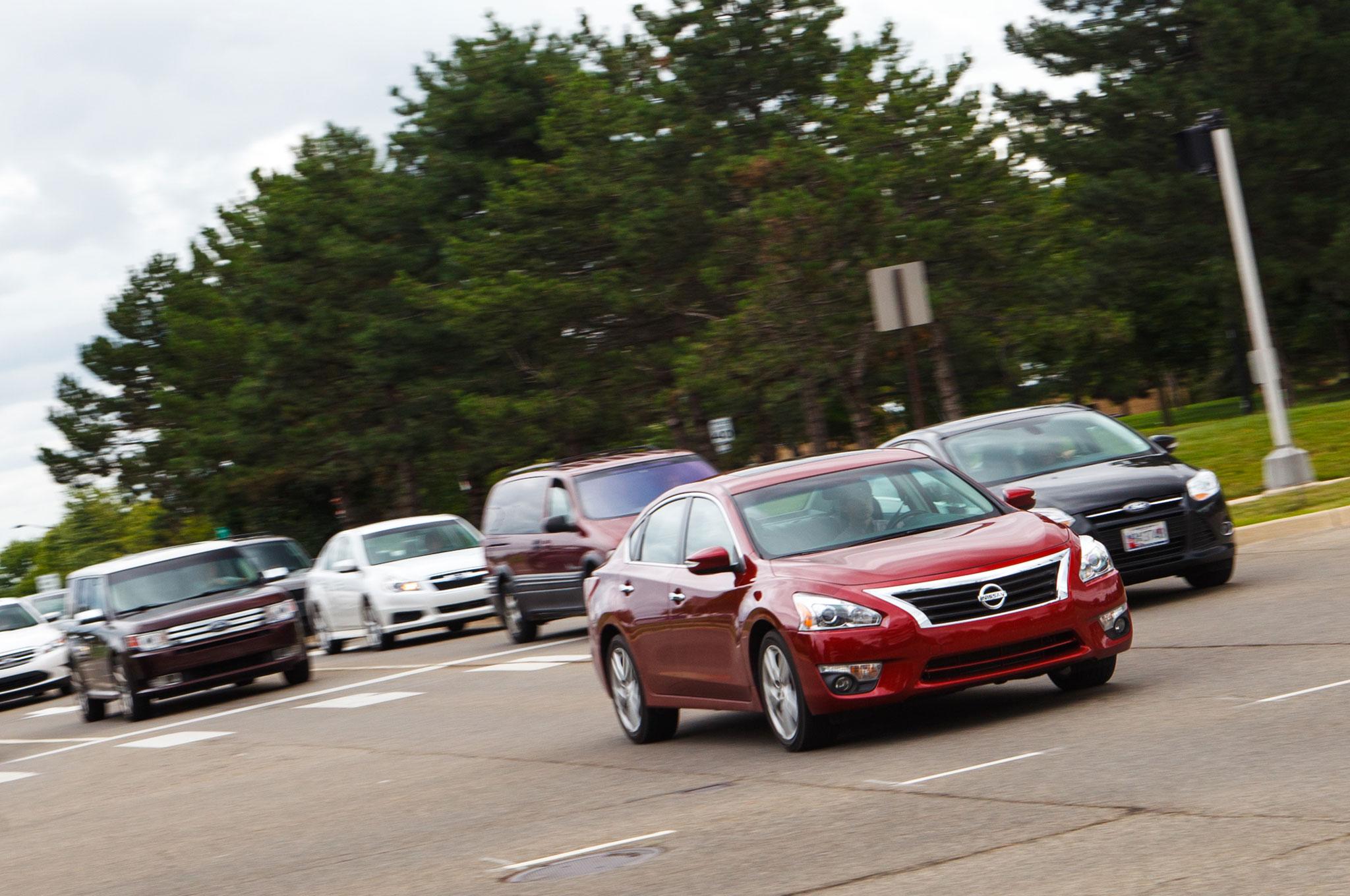 2013 Nissan Altima 3 5 SL Traffic1