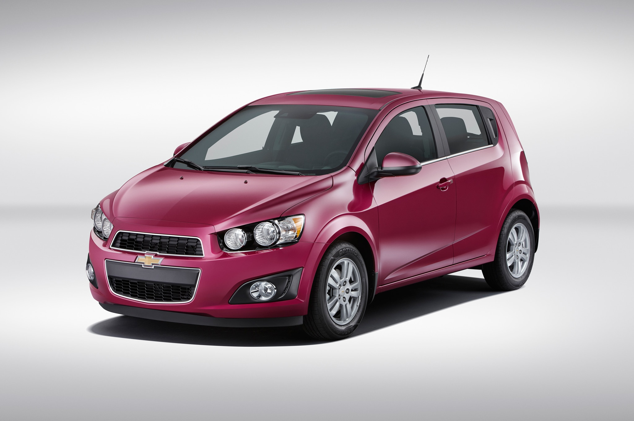 2014 Chevrolet Sonic Adds Limited-Run Paint Colors