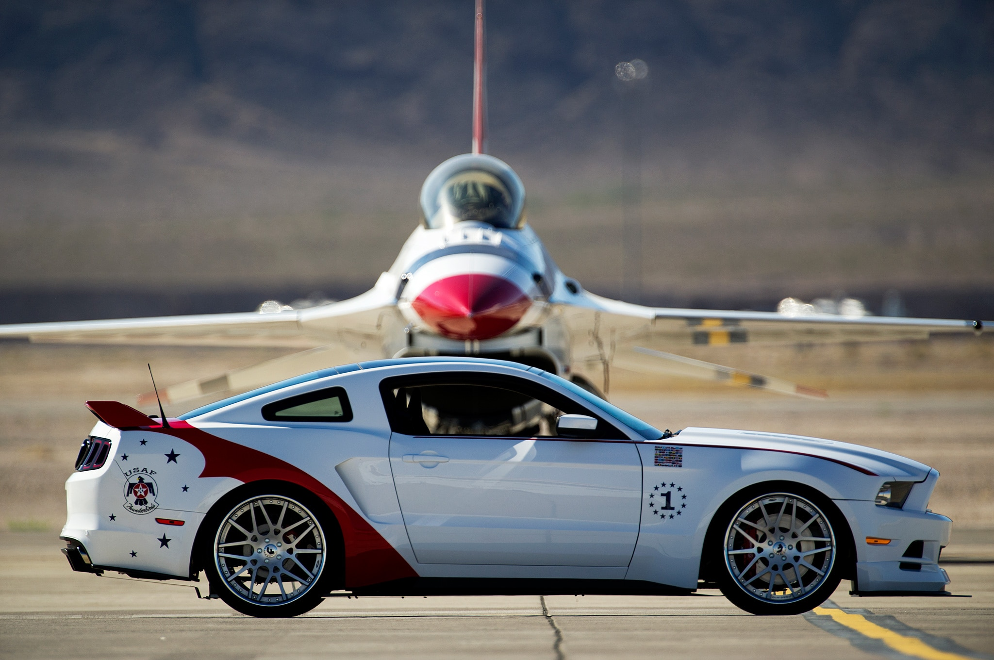 2014 Ford Mustang GT EAA Thunderbirds Edition Side View In Front Of Plane1