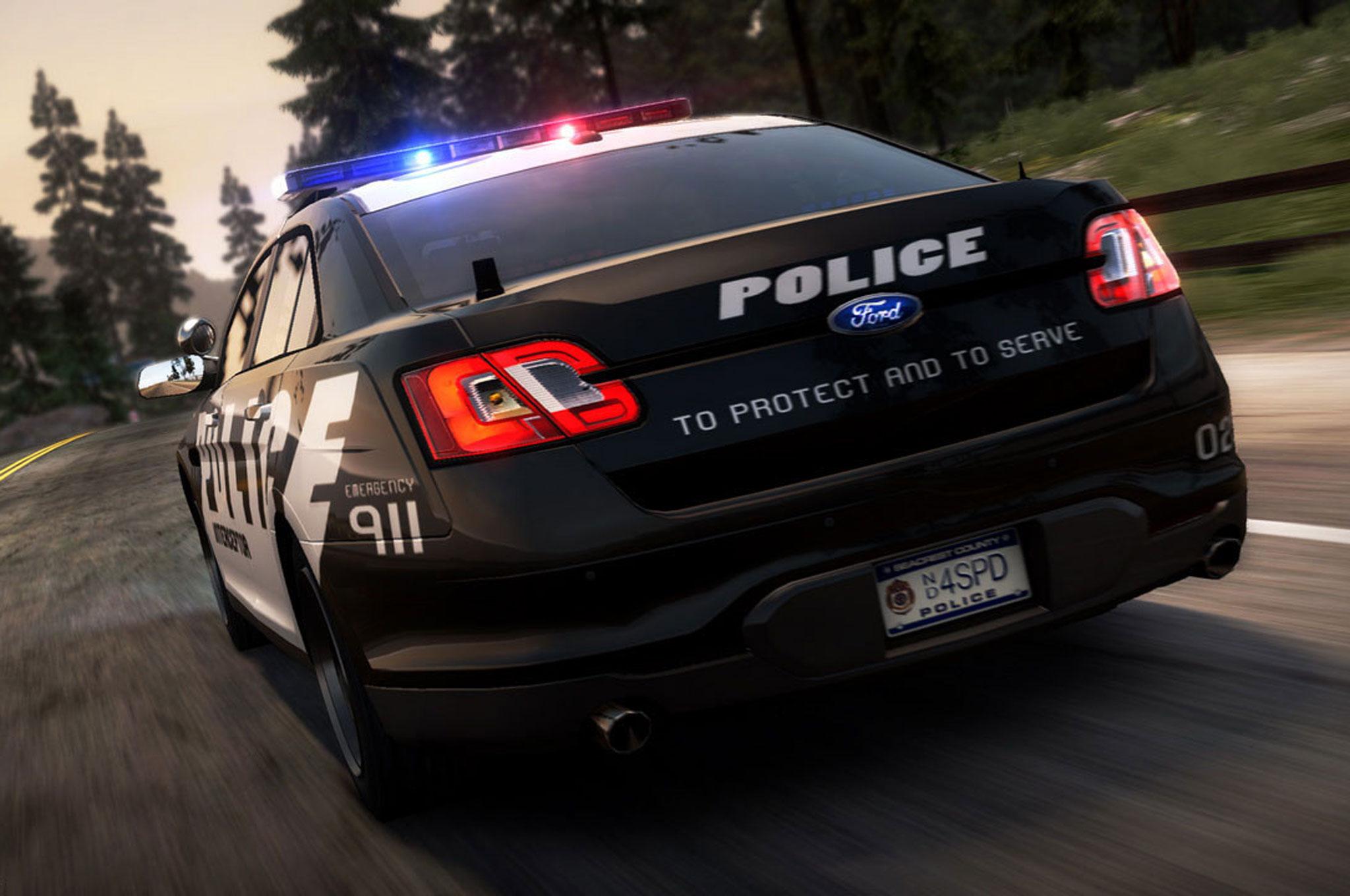 2014 Ford Police Interceptor Sedan Rear Driving1