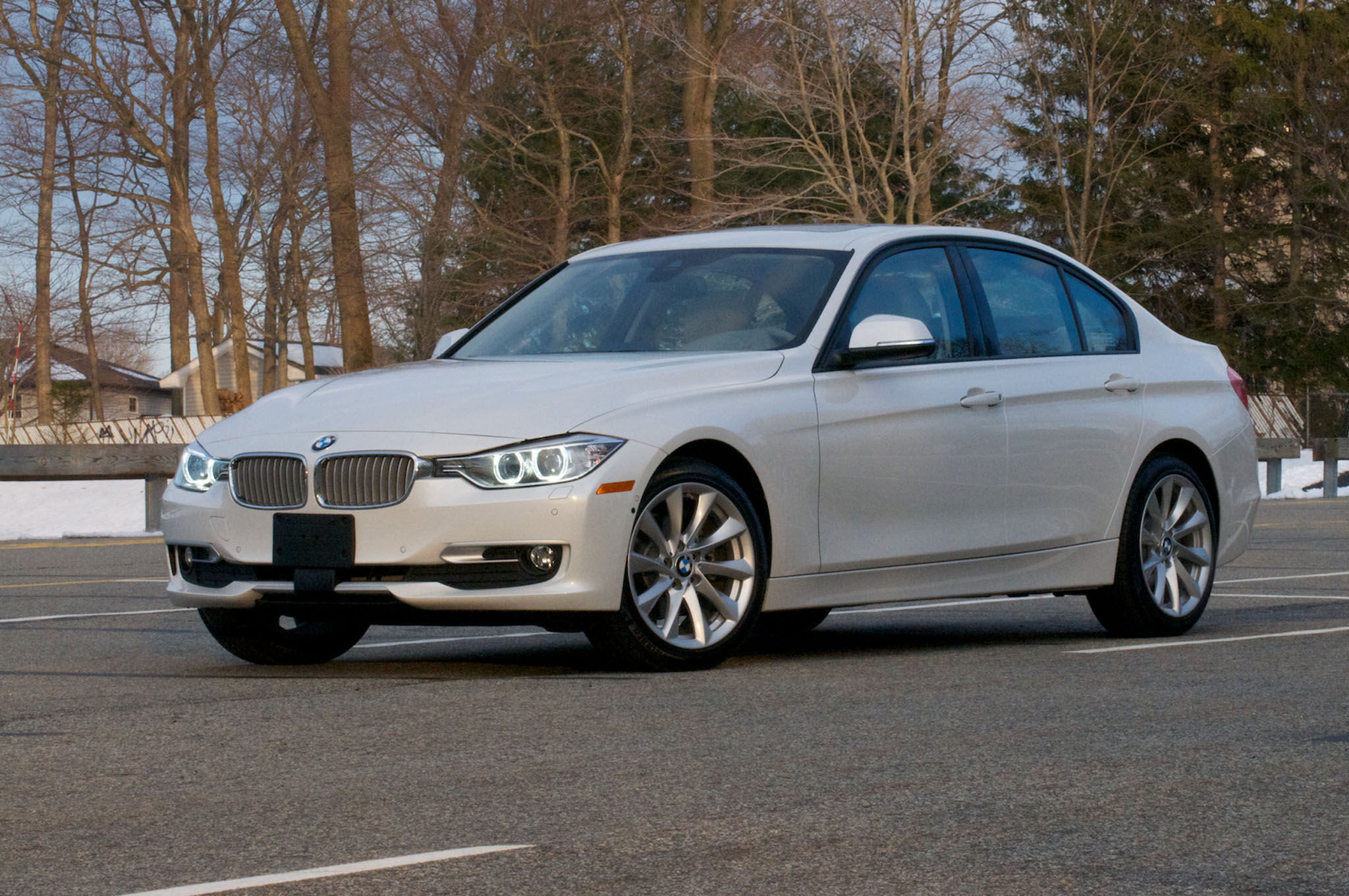 2014 Bmw 328d Sedan Front Three Quarters1