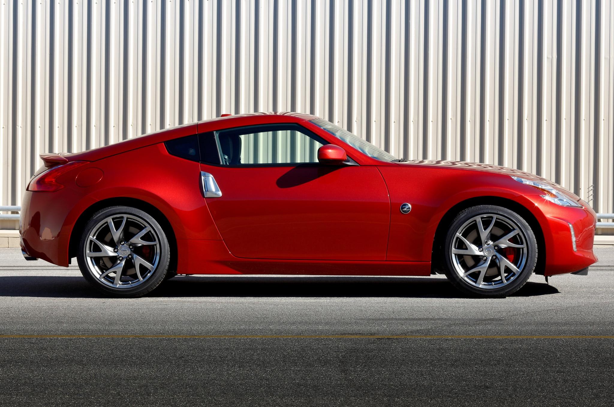 Superior 2014 Nissan 370z Profile1