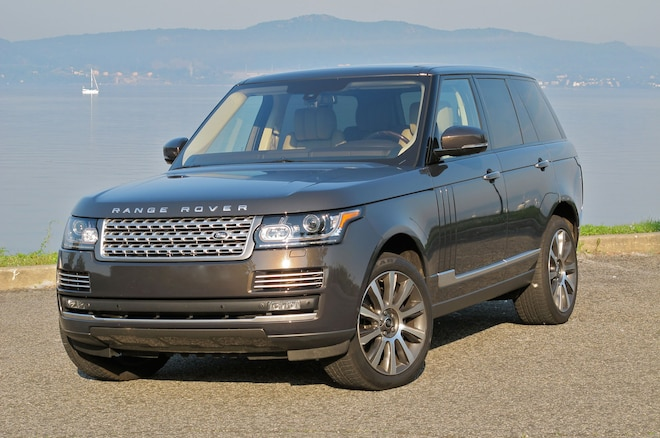 2013 Land Rover Range Rover Supercharged Front Left View1