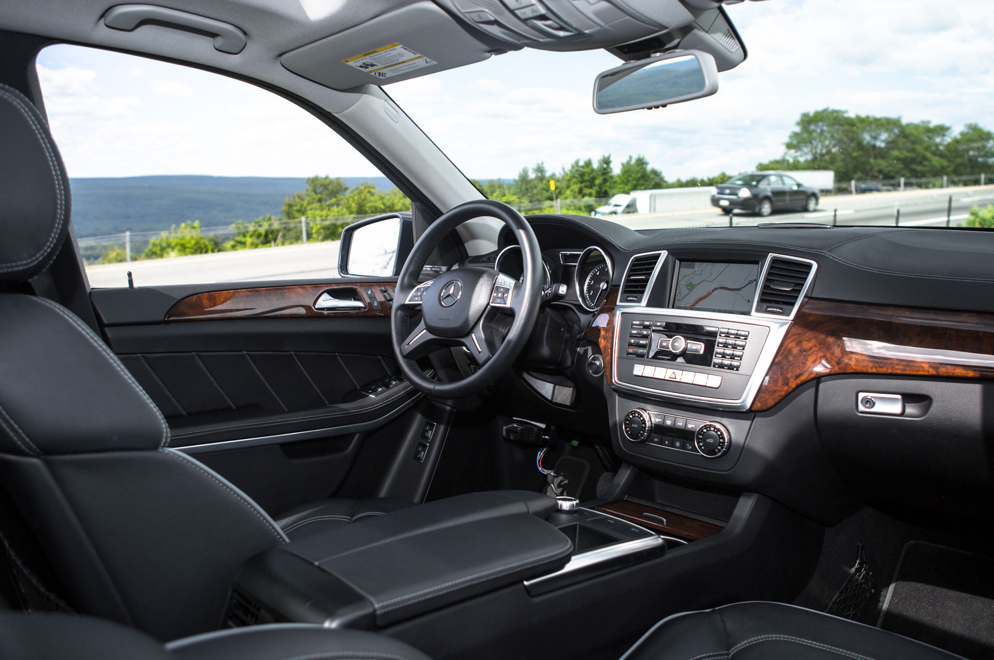 2013-Mercedes-Benz-GL450-front-interior Interesting Info About 2013 Mercedes Gl450 for Sale