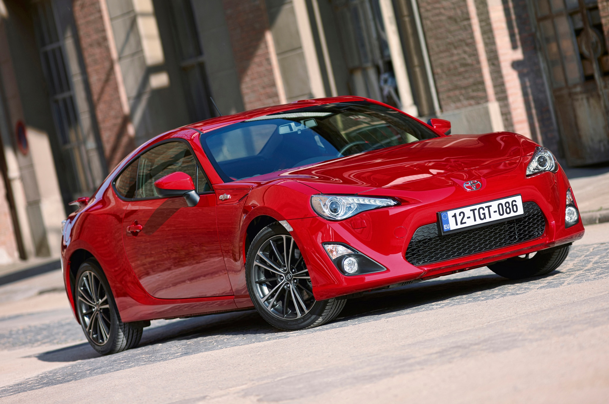 2013 Toyota Gt86 Front Three Quarters 21