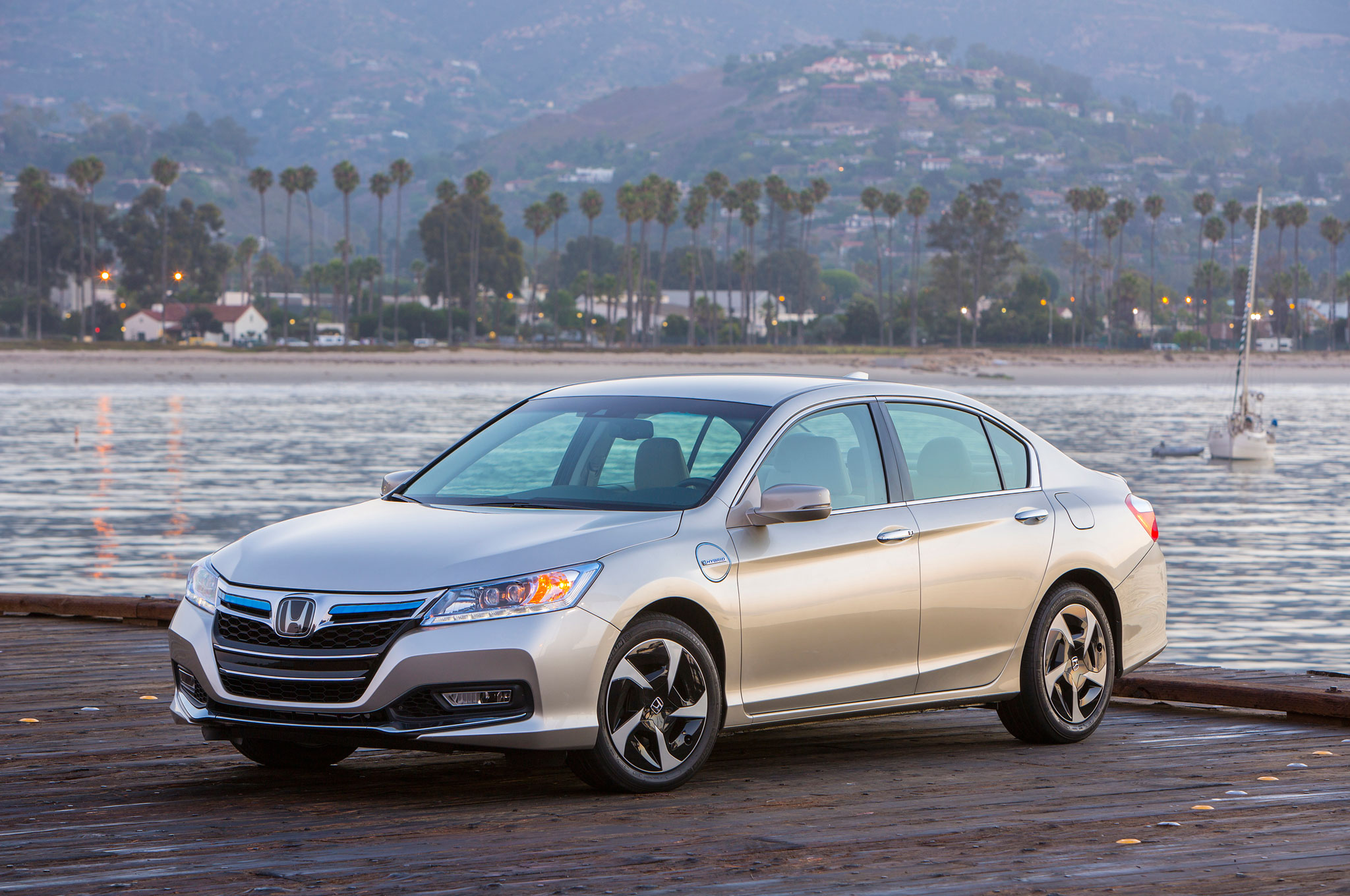 How Much Tax Credits Will I Get >> 2014 Honda Accord PHEV Driven - Automobile Magazine