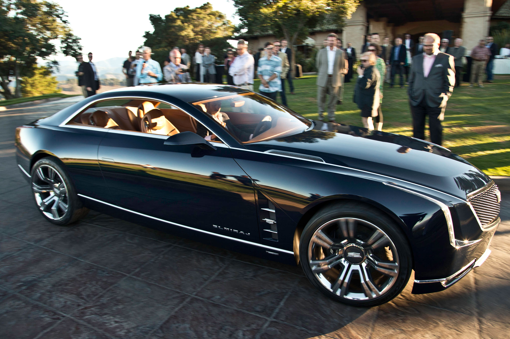 2013 Cadillac Elmiraj Concept Revealed at Pebble Beach - Automobile