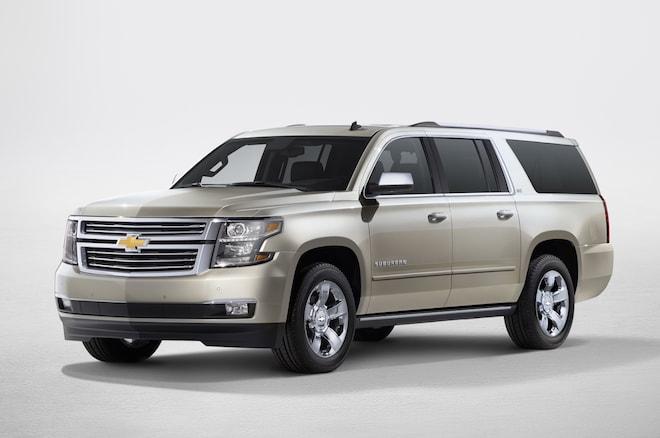 2015 Chevrolet Suburban Front View1