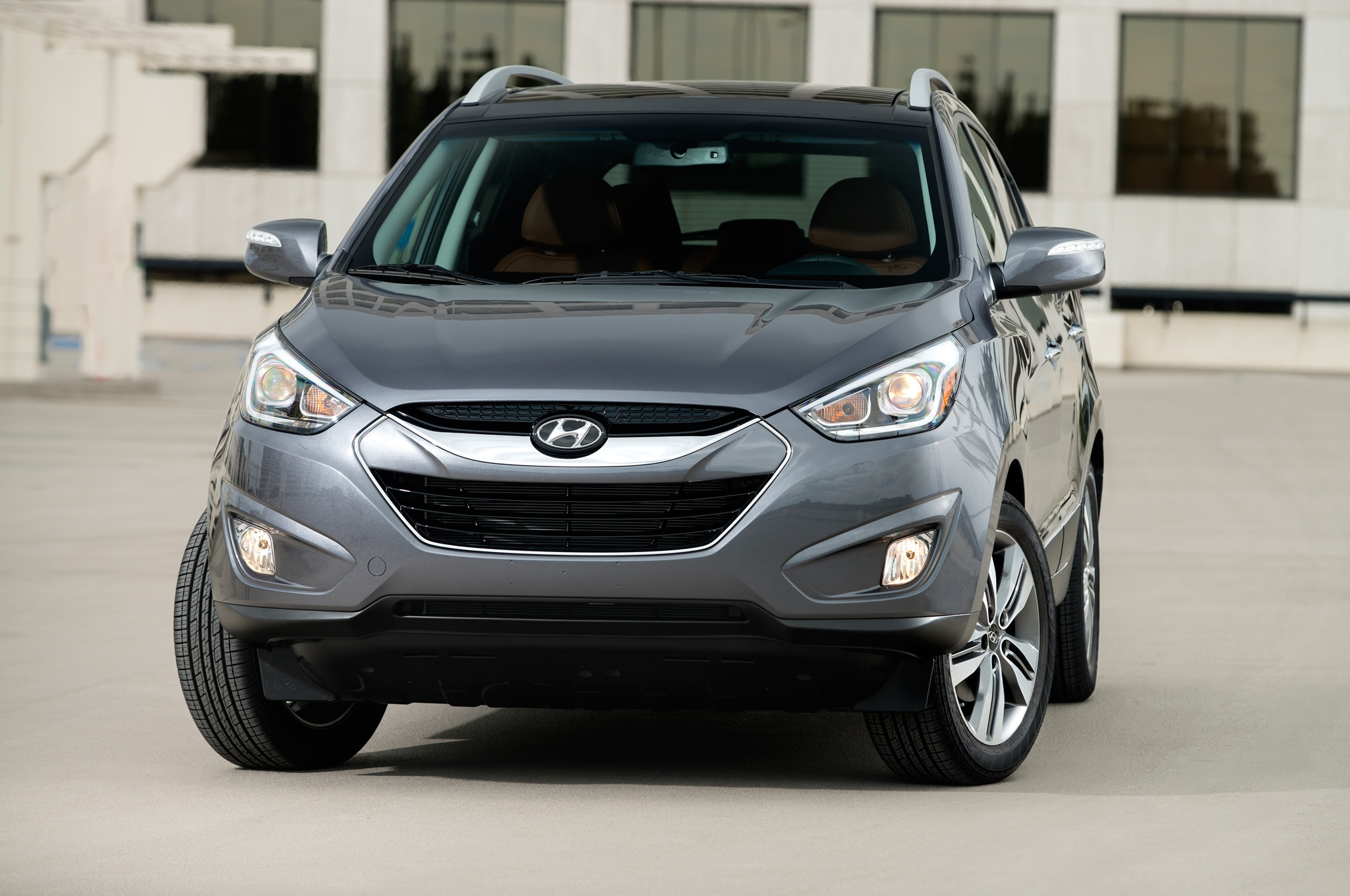 2014 Hyundai Tucson Front 21