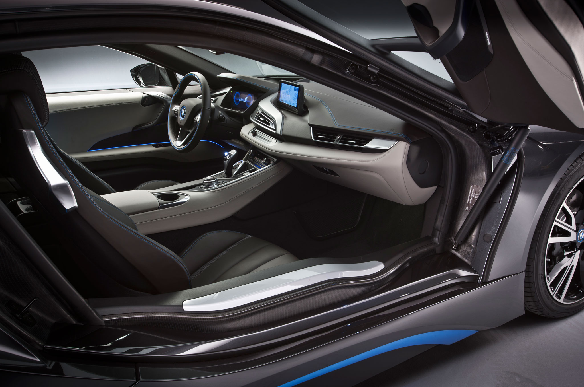 2014 Design Of The Year BMW I8