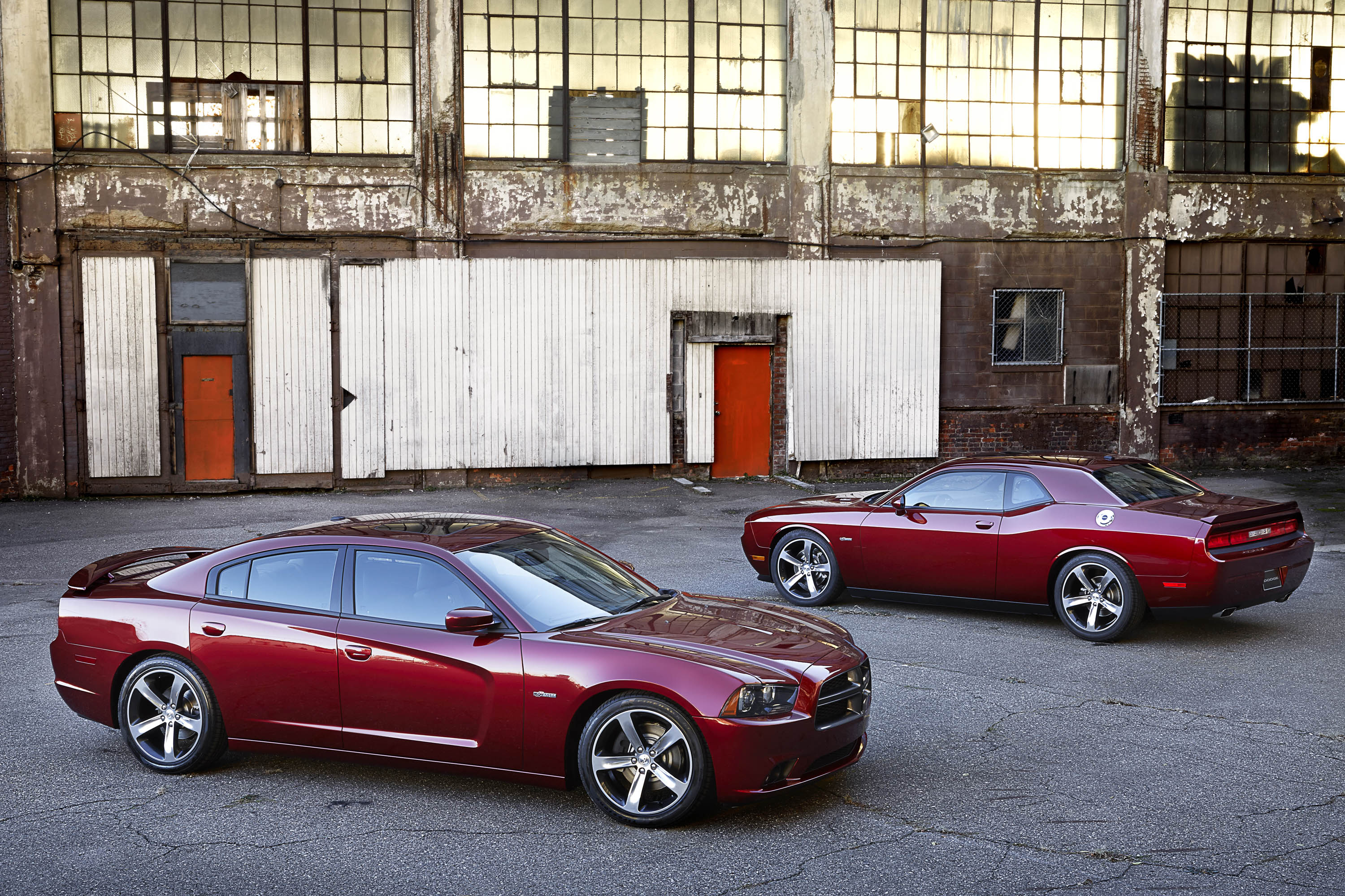 2014 Dodge Charger Challenger Centennial Editions Debut Before 2013 Ram Paint Colors The