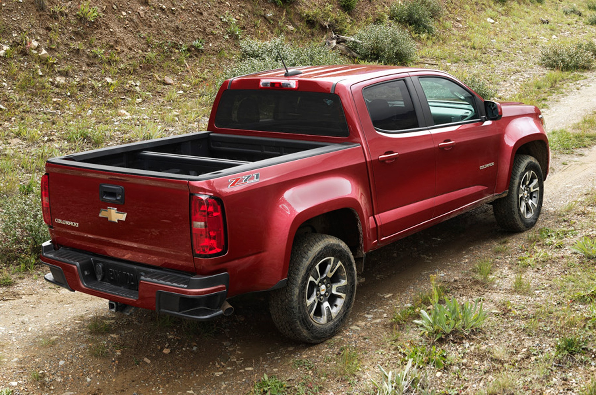 Chevrolet Colorado Z71 >> 2015 Chevrolet Colorado Marks Six Generations Of Small Chevy Trucks