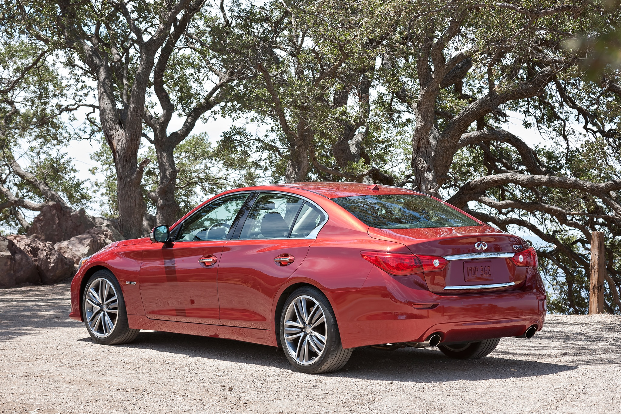recalled  infiniti  sedan  million michelin tires automobile magazine