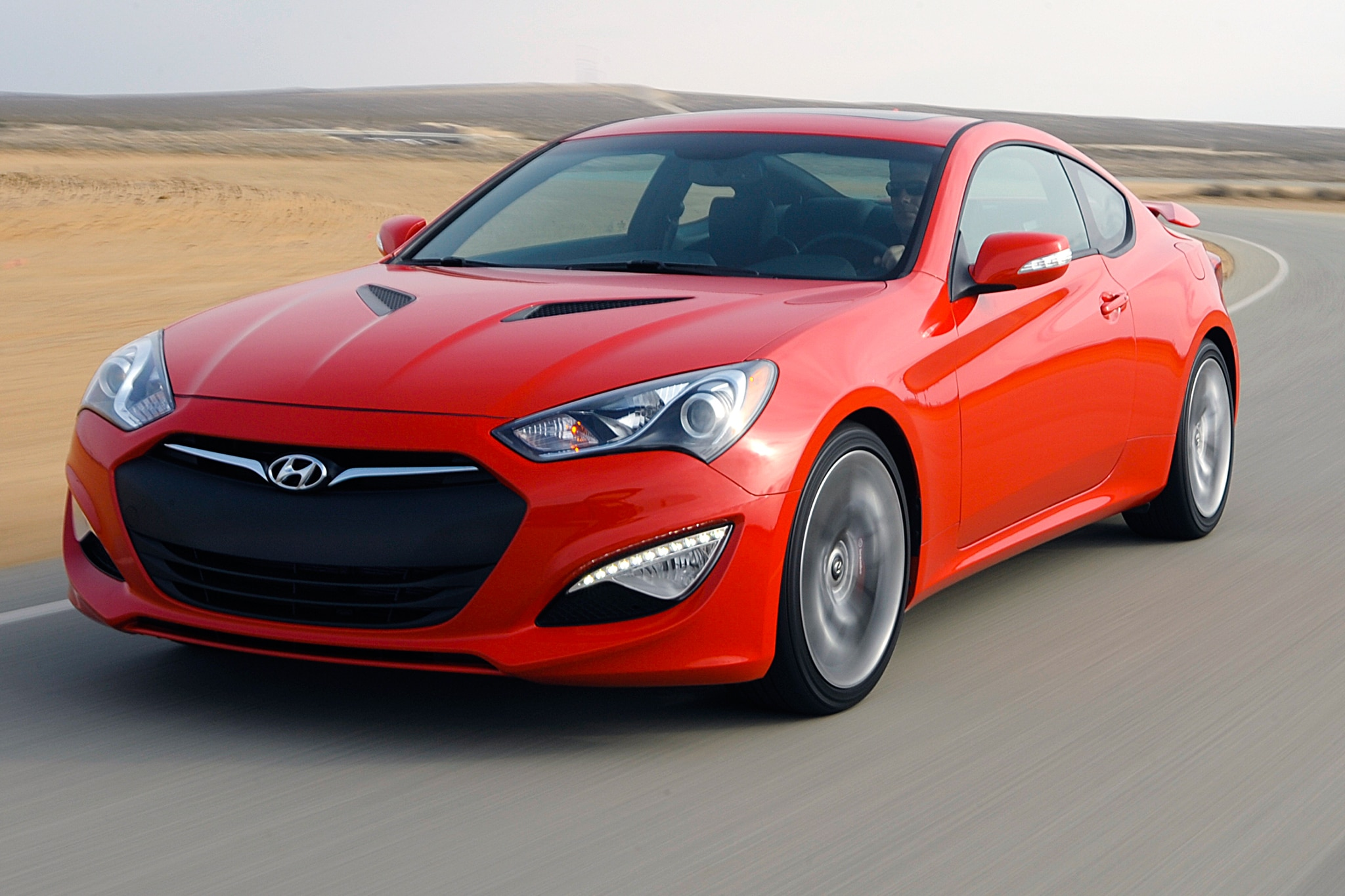 2014 hyundai genesis coupe priced at 27 245 automobile magazine. Black Bedroom Furniture Sets. Home Design Ideas