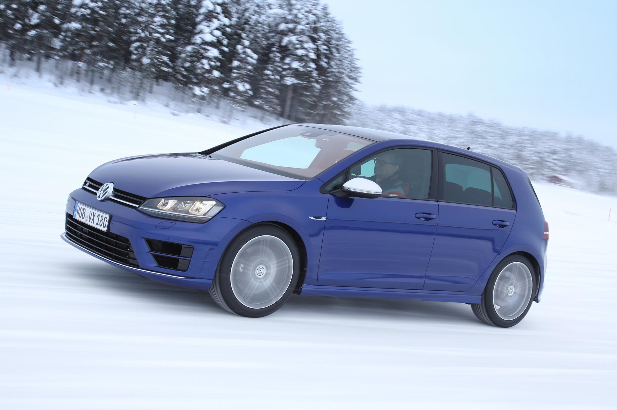 2015 Volkswagen Golf R Review