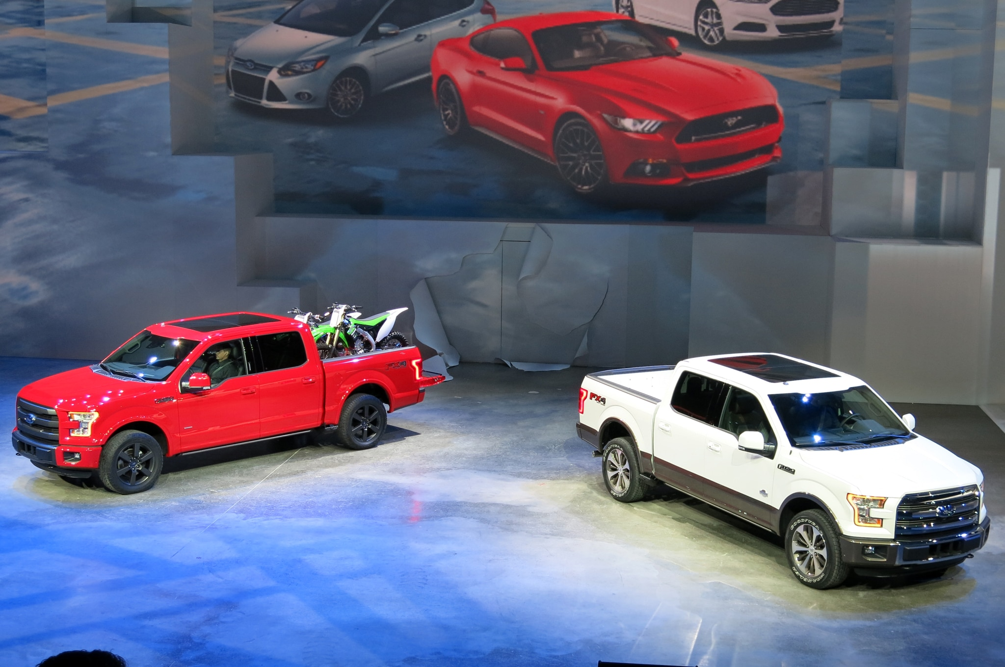 2015 Ford F 150 Debut Pair1