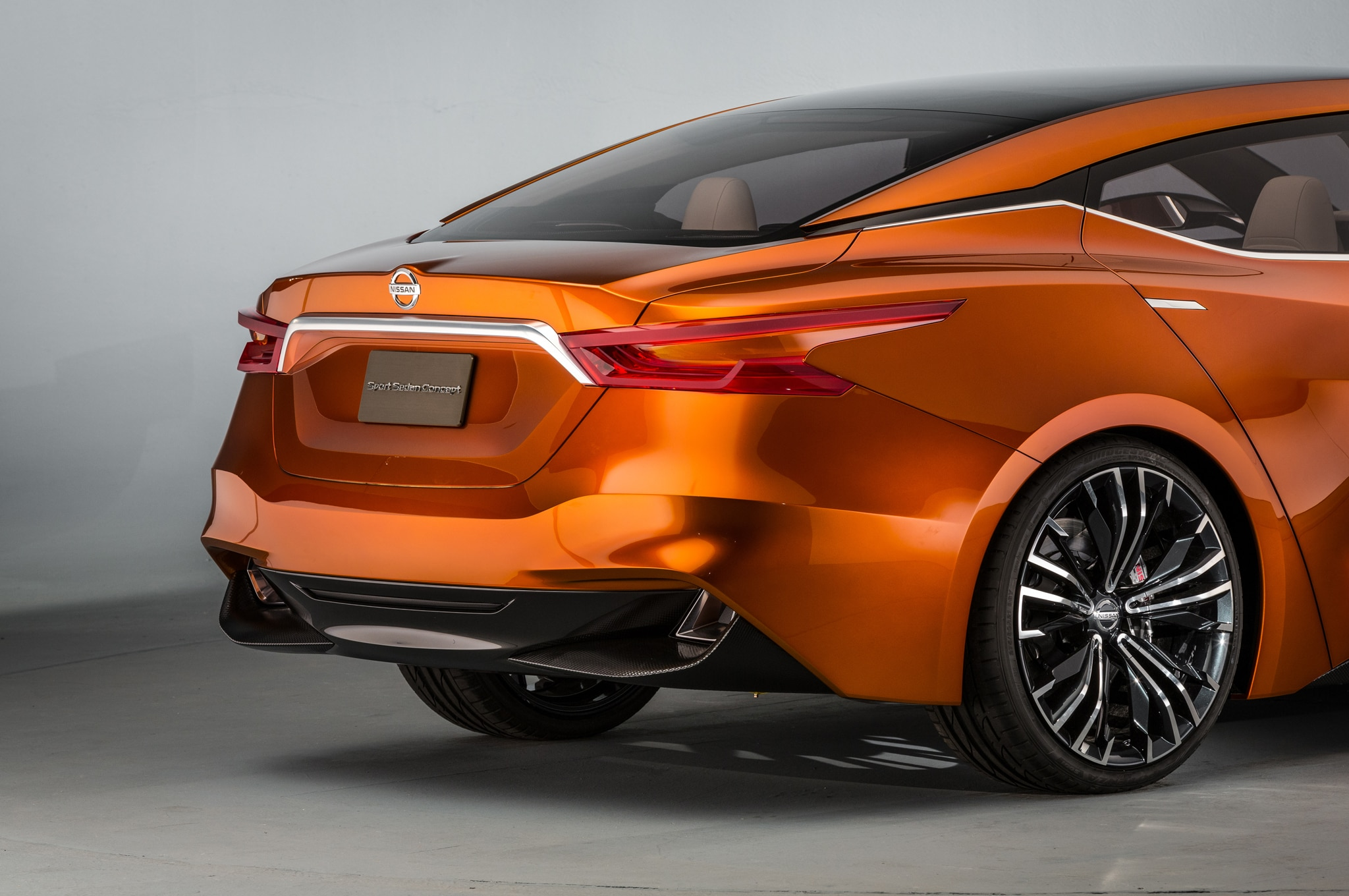 Sedan Automobile: Nissan Sport Sedan Concept Debuts At 2014 Detroit Auto