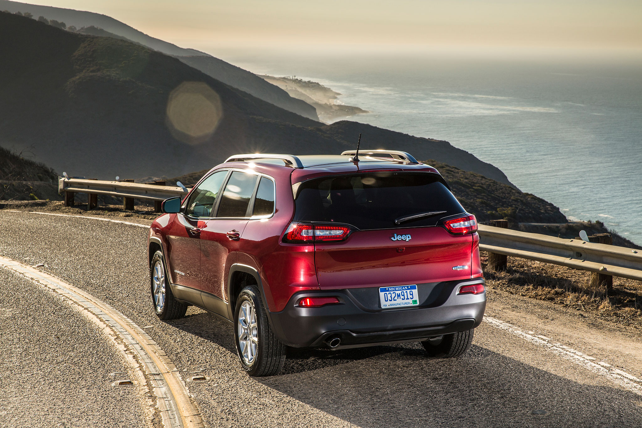 2014 jeep cherokee latitude reviews