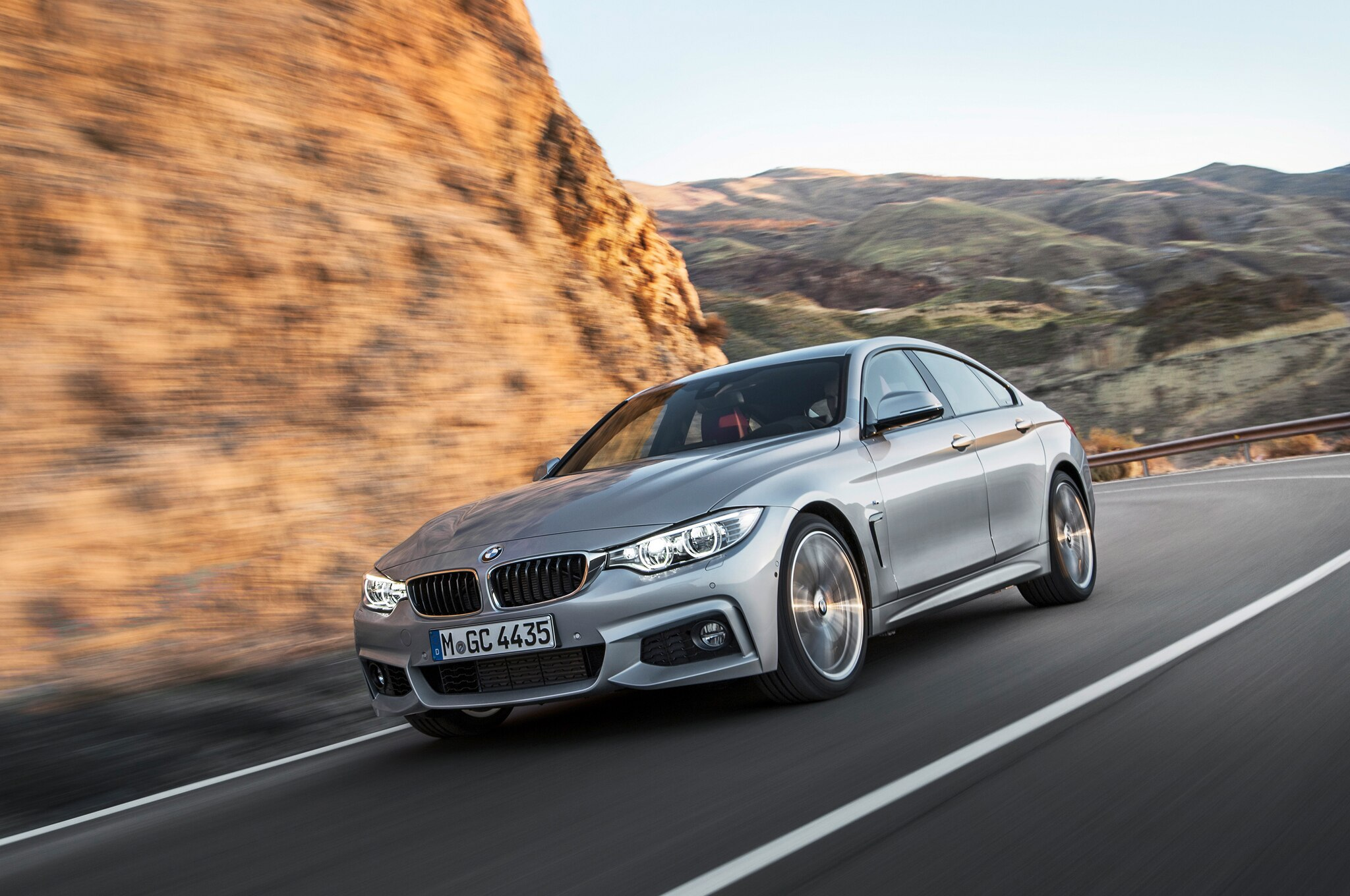 2015 BMW 435i Gran Coupe Front Three Quarter Turn 021